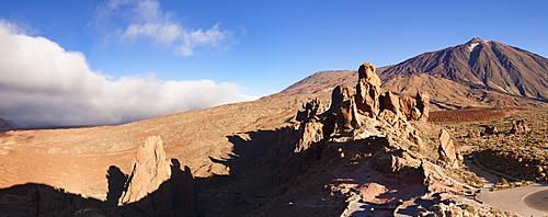 Los Roques, Caldera de las Canadas, Pico de Teide at sunset, National Park Teide, UNESCO World Heritage Natural Site, Tenerife, Canary Islands, Spain, Europe
