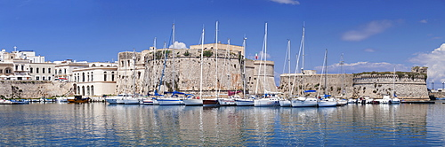 Old town with castle and harbour, Gallipoli, Lecce province, Salentine Peninsula, Puglia, Italy, Europe