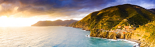 Panoramic aerial view of Vernazza at sunset, Cinque Terre, UNESCO World Heritage Site, La Spezia province, Liguria, Italy, Europe
