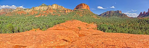 Panorama View of Munds Mountain in Sedona from the top of Submarine Rock.