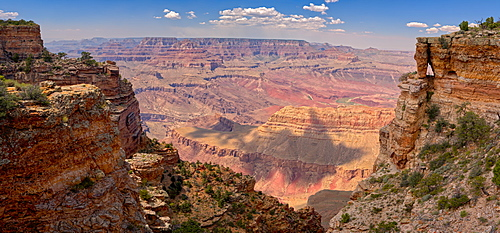 Grand Canyon view with a rock window beneath a cliff on the right, located west of Pinal Point on the south rim, Grand Canyon National Park, UNESCO World Heritage Site, Arizona, United States of America, North America