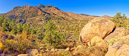 Giant boulders along Trail 345 in the Granite Mountain Recreation Area of the Prescott National Forest.