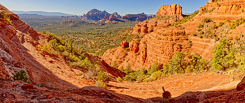 View from the western slope of Steamboat Rock looking north, Coconino National Forest, Sedona, Arizona, United States of America, North America
