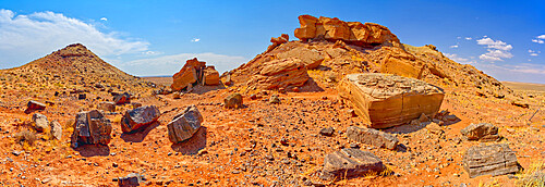 Panorama of Tsu'Vo Buttes in Homolovi State Park Arizona. Tsu'Vo is a Hopi word that means Path of Rattlesnakes.