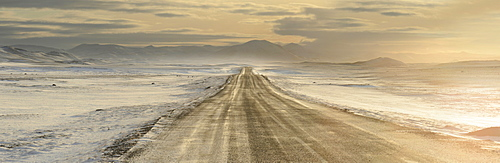 Road leading to Modrudalur Ranch, Iceland, Polar Regions