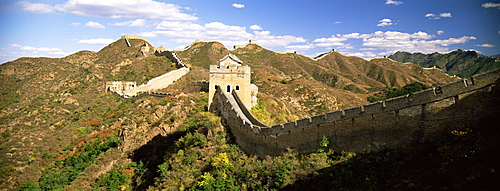 Elevated panoramic view of the Jinshanling section of the Great Wall of China, UNESCO World Heritage Site, near Beijing, China, Asia