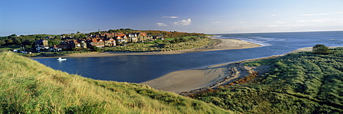 Village of Alnmouth with River Aln flowing into the North Sea, fringed by beaches, near Alnwick, Northumberland, England, United Kingdom, Europe