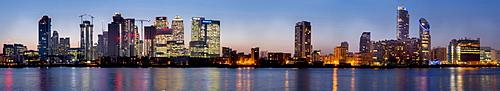 Canary Wharf from Greenwich at dusk, London, England, United Kingdom, Europe