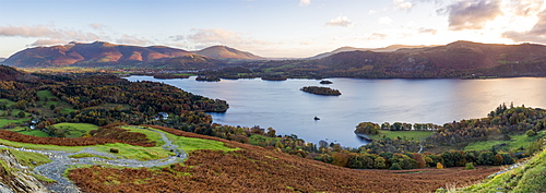 Derwent Water and Skiddaw mountains beyond, Lake District National Park, UNESCO World Heritage Site, Cumbria, England, United Kingdom, Europe