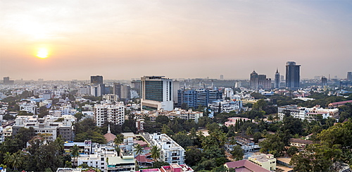 City skyline, Bangalore (Bangaluru), capital of the state of Karnataka, India, Asia