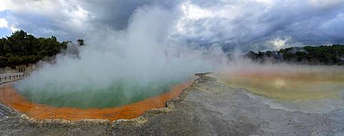 Steaming Champagne Pool, Hot Spring, Waiotapu Geothermal Wonderland, Rotorua, North Island, New Zealand, Oceania