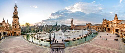 View over the Plaza de Espana, dusk, panorama, Sevilla, Andalusia, Spain, Europe