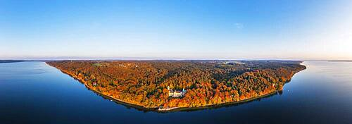 Panorama, Seeburg Castle at Lake Starnberg in the evening light, near Muensing, autumnal mixed forest, Fuenfseenland, aerial view, Upper Bavaria, Bavaria, Germany, Europe