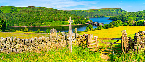 View of Ladybower Reservoir and dry stone wall, with Bamford Edge visible in the distance, Peak District NP, Derbyshire, England, United Kingdom, Europe