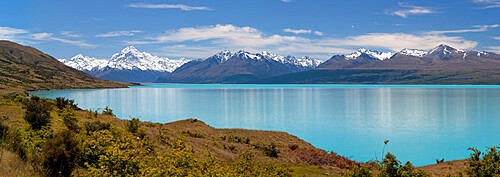 Mount Cook and Lake Pukaki, Mount Cook National Park, UNESCO World Heritage Site, Canterbury region, South Island, New Zealand, Pacific