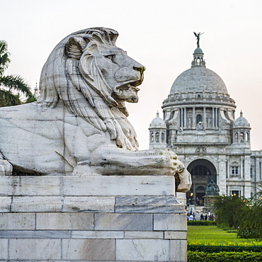 The Victoria Memorial, dedicated to the memory of Queen Victoria, Kolkata, West Bengal, India
