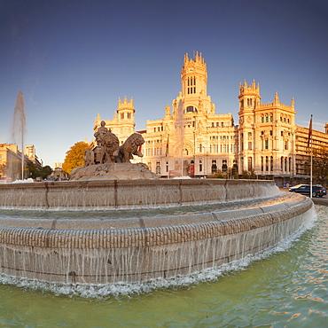 Plaza de la Cibeles, Fountain and Palacio de Comunicaciones, Madrid, Spain, Europe