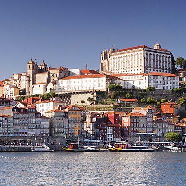 Ribeira District, UNESCO World Heritage Site, Se Cathedral, Palace of the Bishop, Porto (Oporto), Portugal, Europe