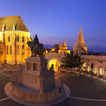 Equestrian statue of King Stephen I, Matthias Church, Fisherman's Bastion, Budapest, Hungary, Europe