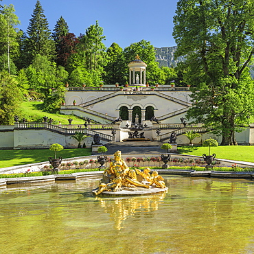 Water Parterre with Flora Fountain, view to Venus Temple, Linderhof Palace, Werdenfelser Land, Bavarian Alps, Upper Bavaria, Germany, Europe