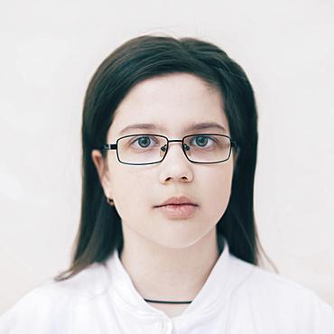 Close up of serious Caucasian girl