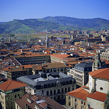 View across old town, Bilbao, capital of the Basque province of Vizcaya (Pais Vasco), Spain, Europe