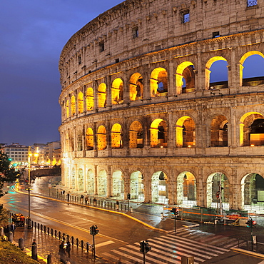 Illuminated Colosseum, Colosseo, UNESCO World Heritage, Rome, Lazio, Italy, Europe