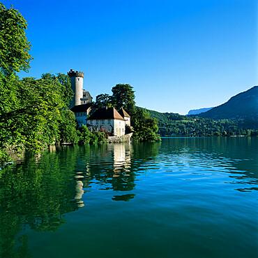 Chateau beside lake, Duingt, Lake Annecy, Rhone Alpes, France, Europe