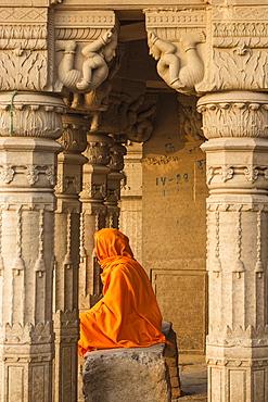 Submerged Shiva temple, Sindhia Ghat, Varanasi, Uttar Pradesh, India, Asia