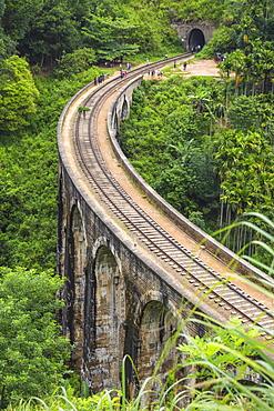Nine Arches Bridge, Ella, Uva Province, Sri Lanka, Asia