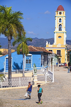 Plaza Mayor and Museo de la Lucha Contra Bandidos, former convent of San Francisco de Assisi, Trinidad, UNESCO World Heritage Site, Sancti Spiritus Province, Cuba, West Indies, Caribbean, Central America