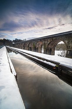 Chirk Aqueduct, Llangollen Canal across Cieriog Valley spanning England and Wales, United Kingdom, Europe
