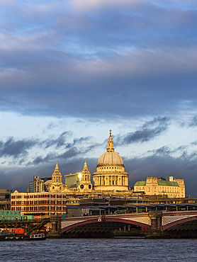 St. Pauls Cathedral at sunset, City of London, London, England, United Kingdom, Europe