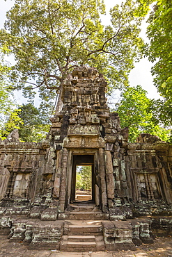 Baphuon Temple in Angkor Thom, Angkor, UNESCO World Heritage Site, Siem Reap Province, Cambodia, Indochina, Southeast Asia, Asia