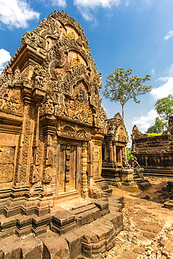 Banteay Srei Temple in Angkor, UNESCO World Heritage Site, Siem Reap Province, Cambodia, Indochina, Southeast Asia, Asia