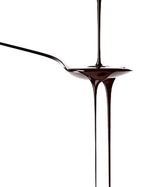 Chocolate sauce running from a spoon, Chocolate, Food