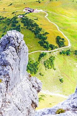 Falkenhut from the Herzogkante, Lalidererspitze, Hinterriss, Ahornboden, Karwendel, Bavaria, Germany