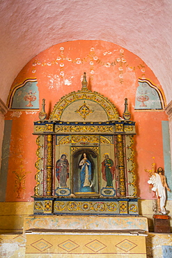 Retablo, Church of the Virgen de la Asuncion (formerly a convent), Route of the Convents, Mama, Yucatan, Mexico