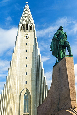 Statue of Leif Eriksson in front of the Hallgrimur church, Reykjavik, Iceland