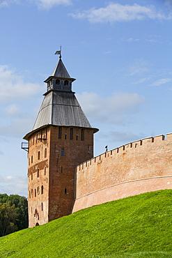 Spasskaya Tower, built in the 15th century, Kremlin Wall, Veliky Novgorod, Novgorod Oblast, Russia