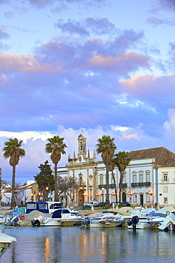 View of Arco da Vila across The Harbour, Faro, Eastern Algarve, Algarve, Portugal, Europe