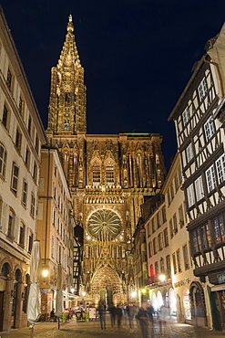 Cathedral Notre-Dame at night, Strasbourg, Alsace, Bas-Rhin Department, France, Europe