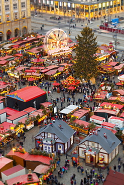 Overview of the Dresden Strietzelmarkt Christmas Market, Dresden, Saxony, Germany, Europe