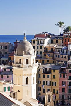 Chiesa Santa Margherita di Antiochia church, view from watchtower at Castell Doria, Vernazza, Cinque Terre, UNESCO World Heritage Site, Rivera di Levante, Provinz La Spazia, Liguria, Italy, Europe