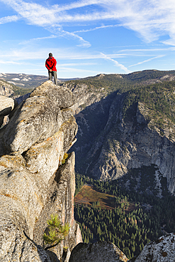 View Glacier Point into Yosemite Valley, Yosemite National Park, California, USA,