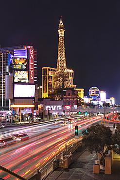 Hotel Paris, und Casino Bally's Las Vegas, The Strip, Las Vegas, Nevada, USA
