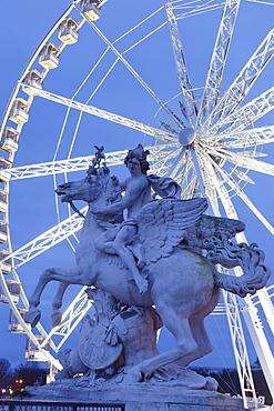 Sculpture and big wheel, Place de la Concorde, Paris, Ile de France, France, Europe