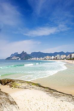 View of Ipanema Beach from the Arpoador rocks, Arpoador, Rio de Janeiro, Brazil, South America