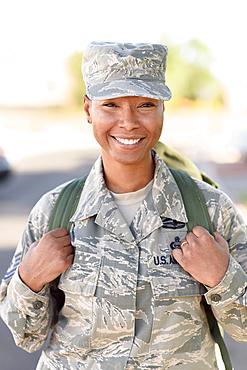 Portrait a smiling black woman soldier