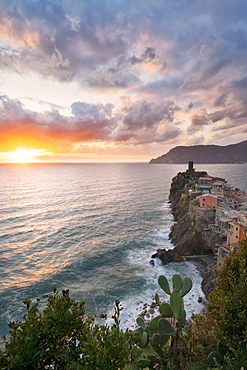 Vernazza at sunset, Cinque Terre, UNESCO World Heritage Site, La Spezia province, Liguria, Italy, Europe